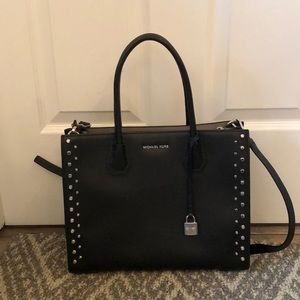 Michael Kors hard leather purse like new